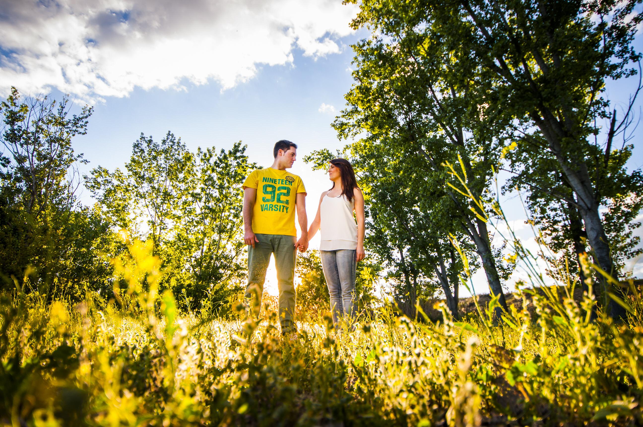 Reportaje de pareja en el campo