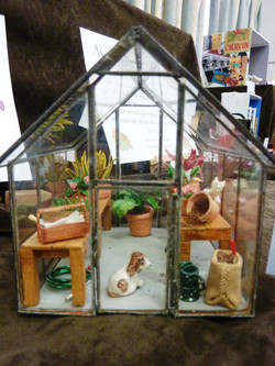 Charlene's or Rosalie's glass house.JPG