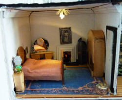 15. Close up of main bedroom.JPG
