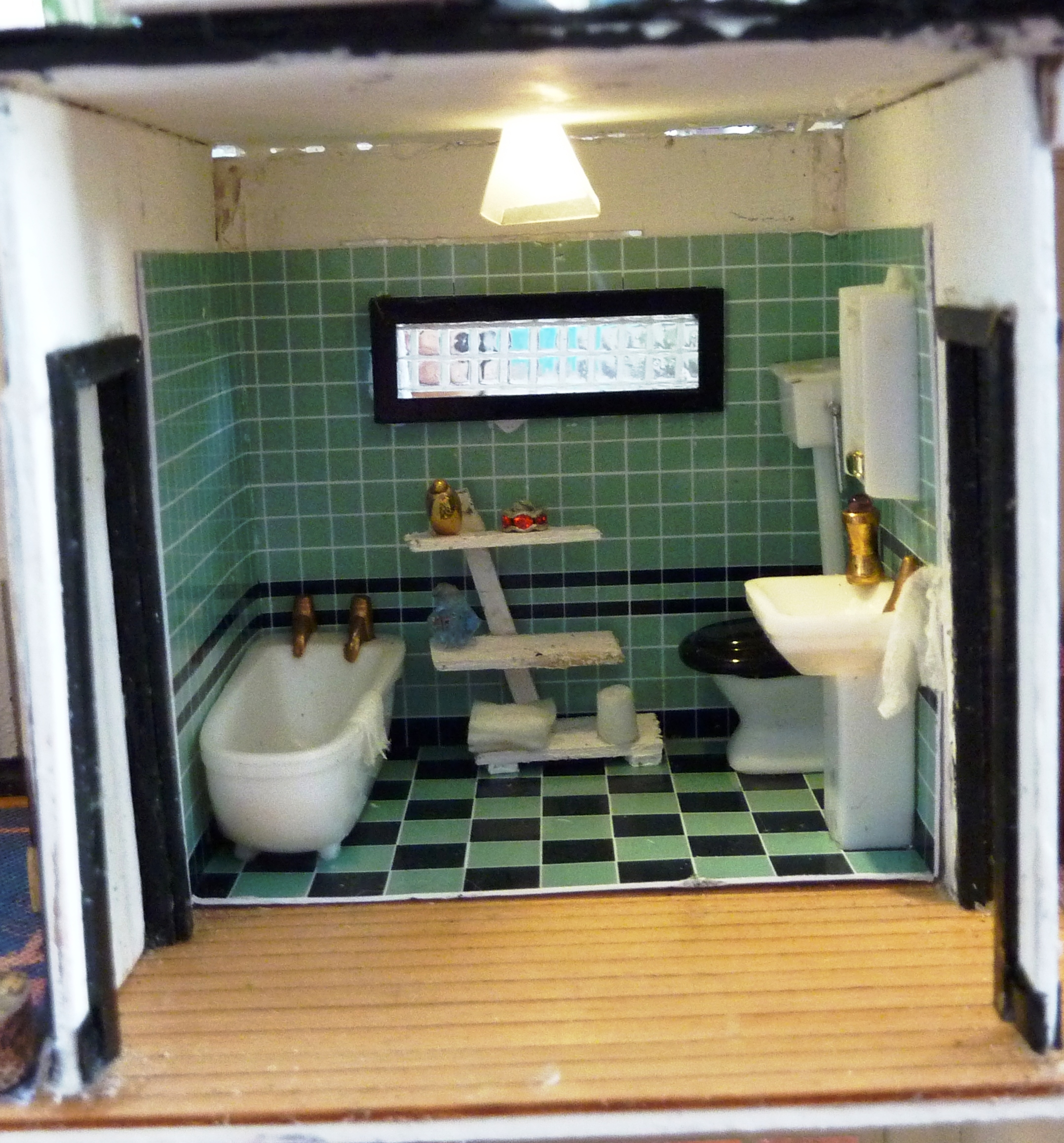 16. Close up of bathroom.JPG