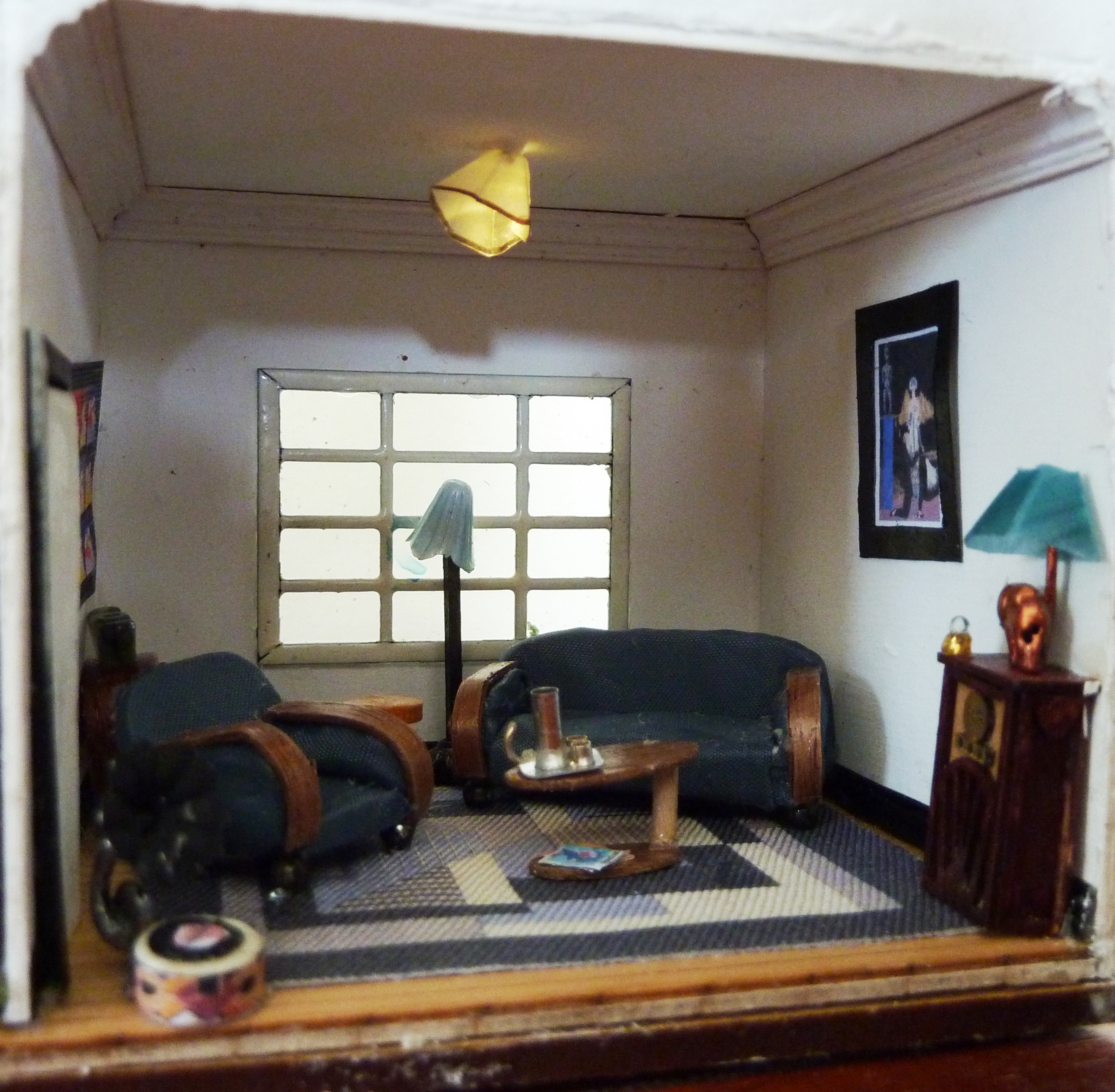 11. Close up of lounge room.JPG