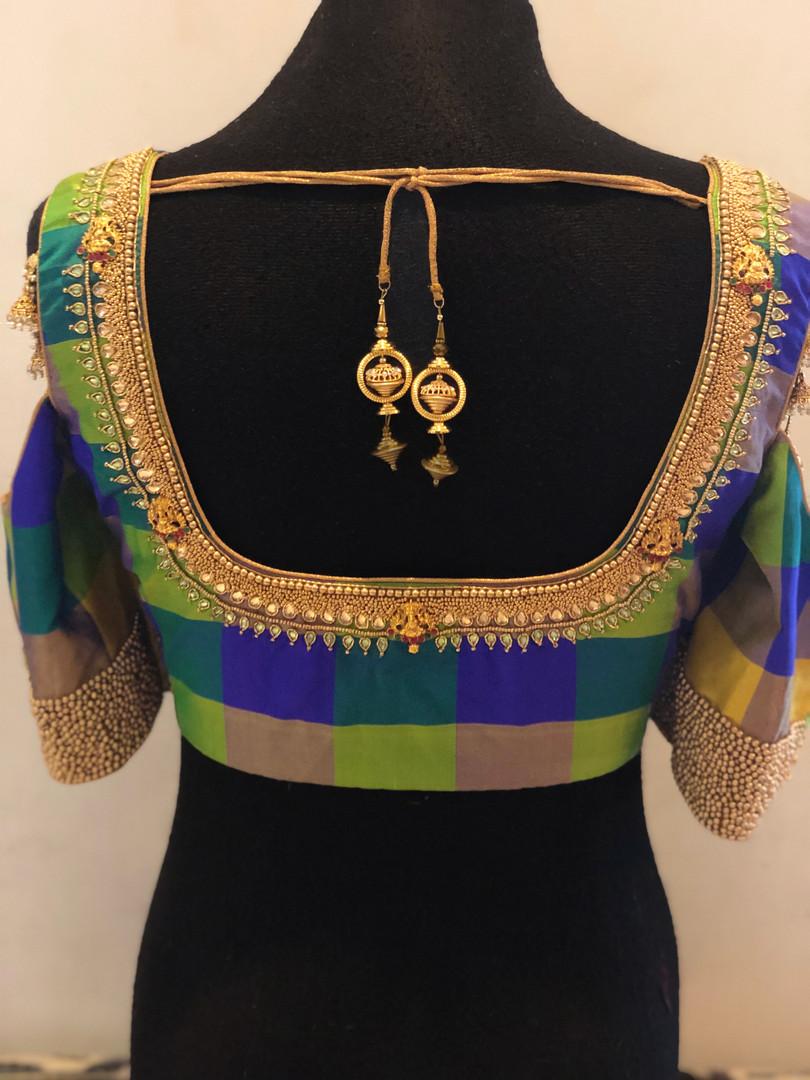 Kundan neckline