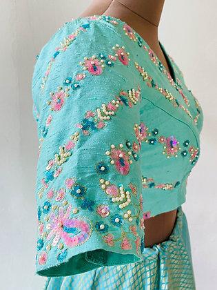 Mint multisequin blouse
