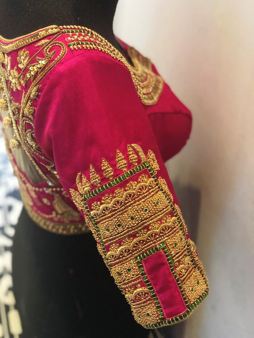 Gopuram sleeve