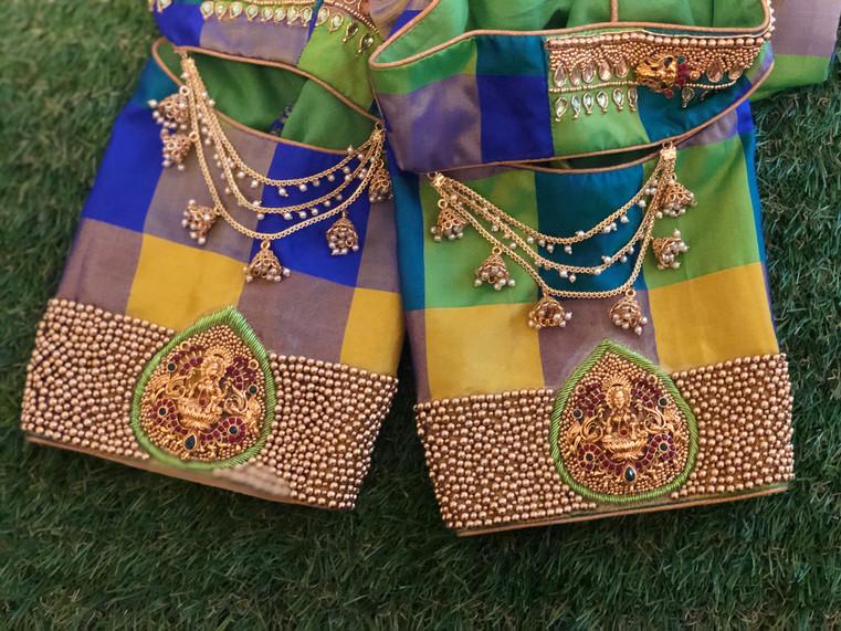 Chain lakshmi pendant blouse