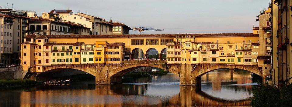 Los-puentes-más-antiguos-que-todavía-se-usan-2-pixabay.jpg