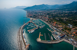 Einer der Yachthäfen an der Riviera