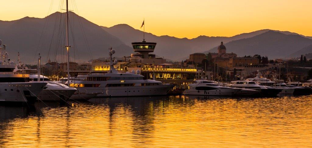 Yachtliegeplätze - Abendstimmung