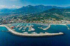 Marina Di Loano, Ihr eleganter, top ausgestatteter Yachthafen in Legurien, Italien