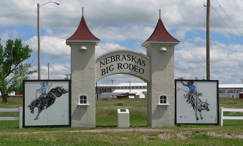 1200px-Burwell_rodeo_grounds_gate_3.JPG