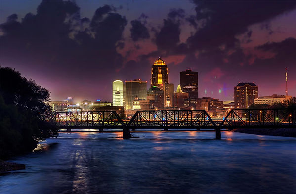 downtown-des-moines-at-night-in-iowa.jpg