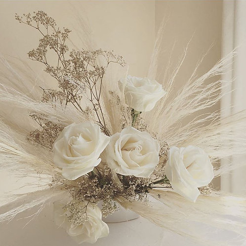 Pampas & Rose Bouquet