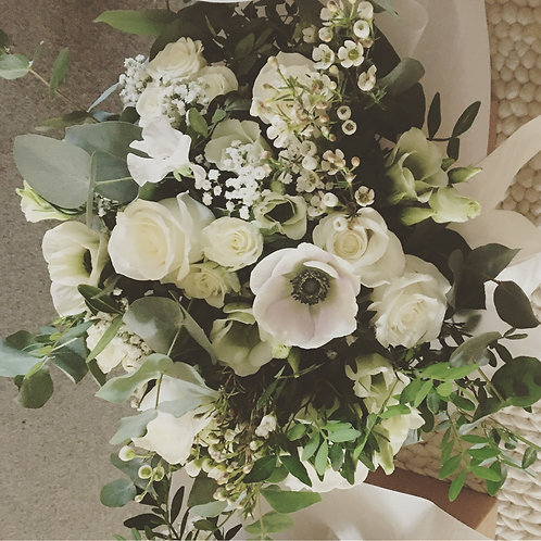 Ivory Luxe Bouquet