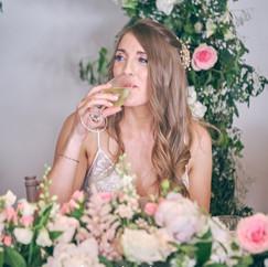 The bride 😍#deerparkhall #weddingflower