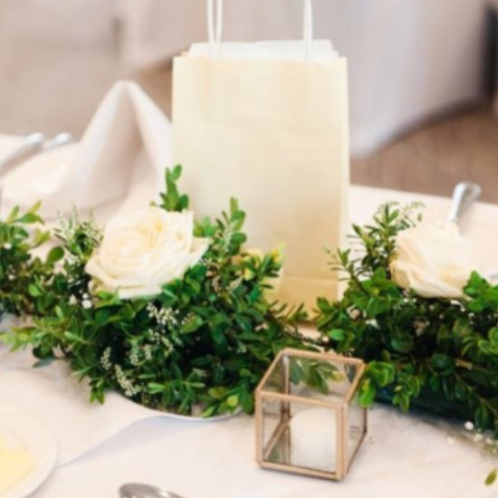 Table garlands with #avalancheroses and
