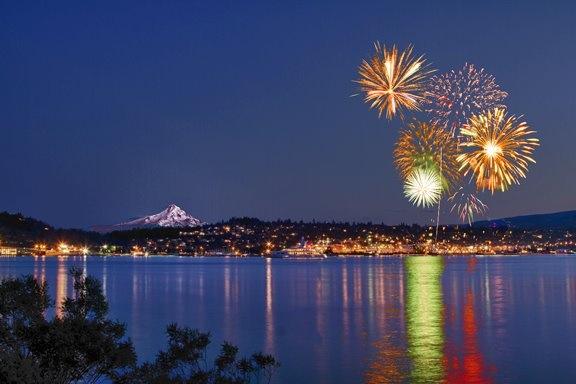 Hood River Fireworks