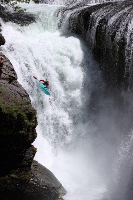 kyaking_lewis+river2