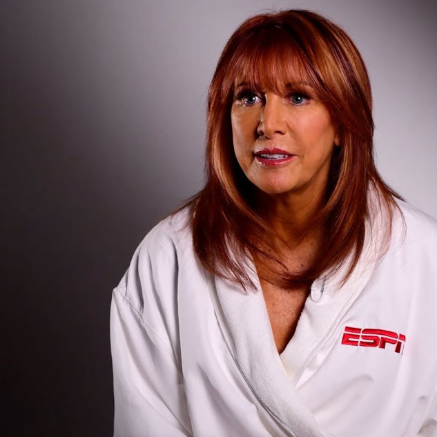 Throughout my career as a professional makeup artist I've had the privilege of working with many amazing humans on groundbreaking projects. Recently I had the extraordinary honor of being a part of the ESPN Body Issue Magazine 2019 shoot with powerhouse former pro basketball star and current coach, Nancy Lieberman! Nancy not only raised the bar for women's basketball but also made history on multiple occasions. The icing on the cake is that 2019 is the last year the body issue will be released in print! . . ------------ . . Credits: . -Photo: @RamonaRosales for @ESPN -Makeup: @SarahDownsMakeupArtist -Hair: @Kohl_Faulkner_2 -Prop & Set Design: Ashley Lee / @OnSetManagement -Movement Coaching: @NatalliReznik .  Video ESPN Makeup