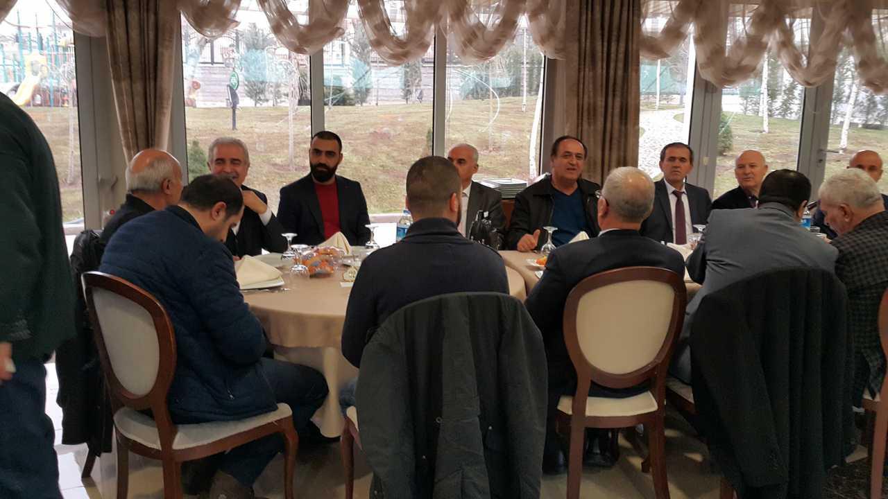 İŞ_ADAMLARI_KOORDİNASYON_TOPLANTISI1.jpg