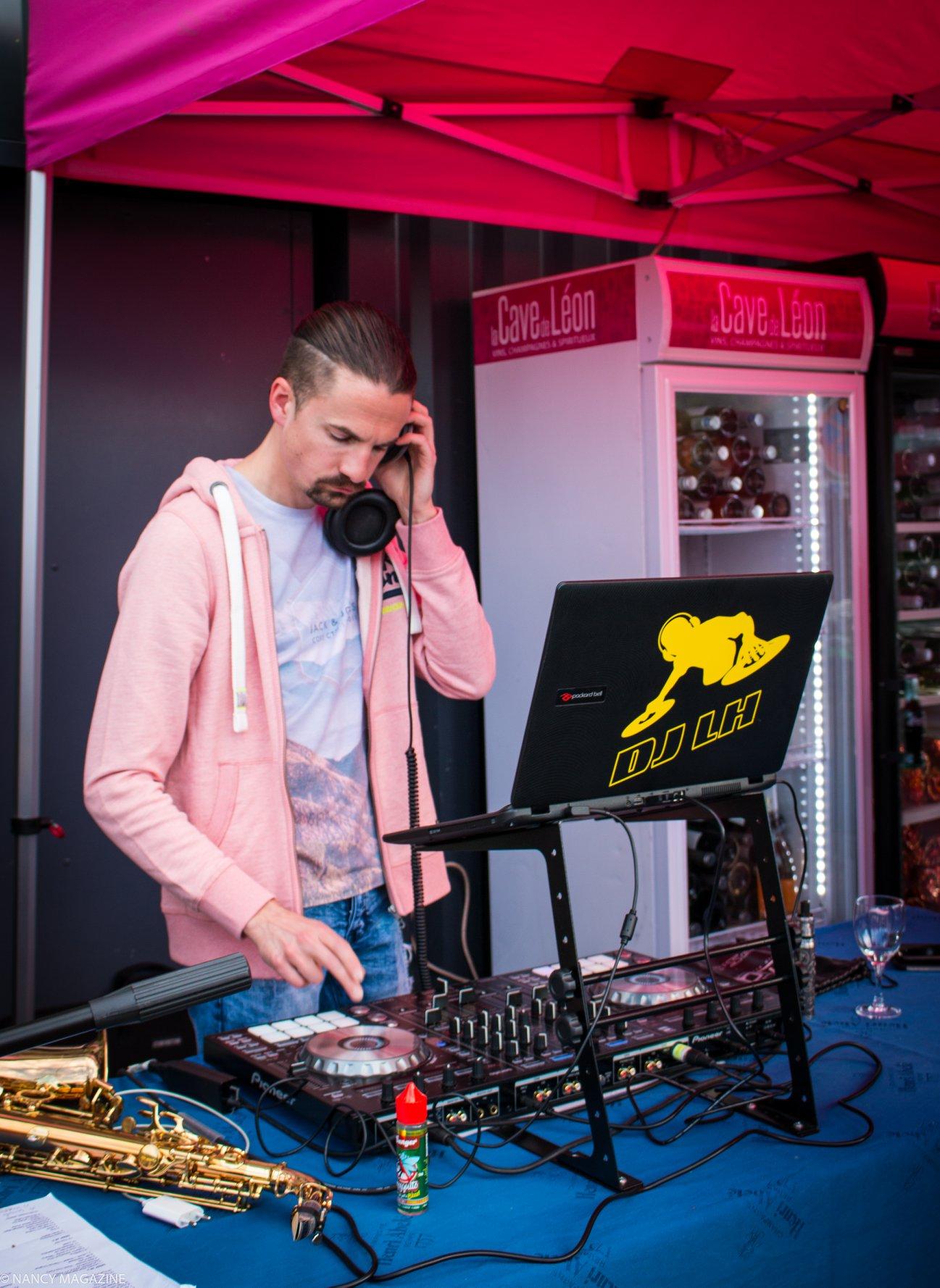 DJ-cavedeleon