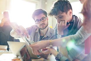 ציון עמרם - ייעוץ ניהולי ועסקי | עידוד וניהול חדשנות בארגון