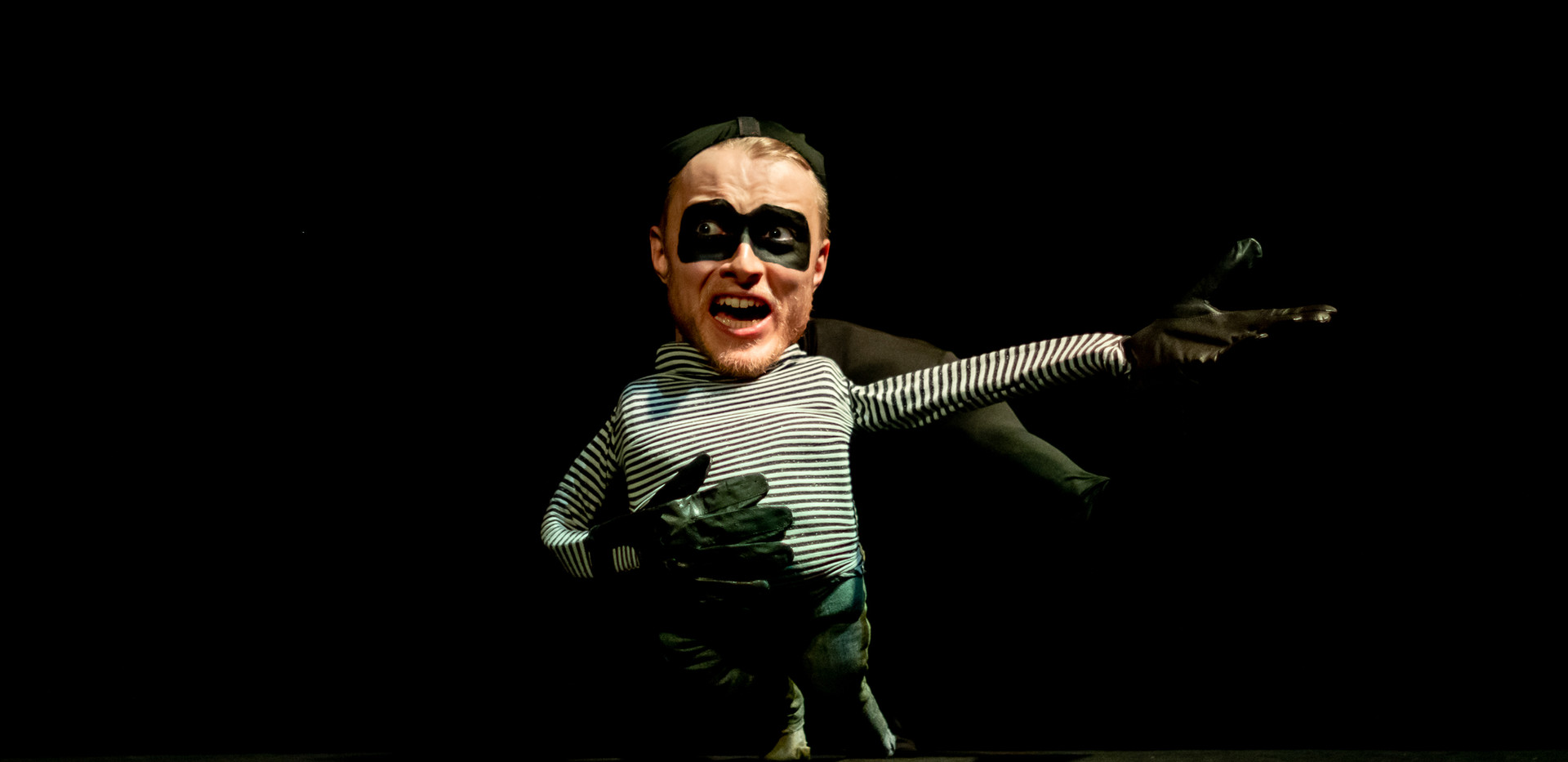 The Thief @Puppetry Scratch. Photos by Andy Catlin