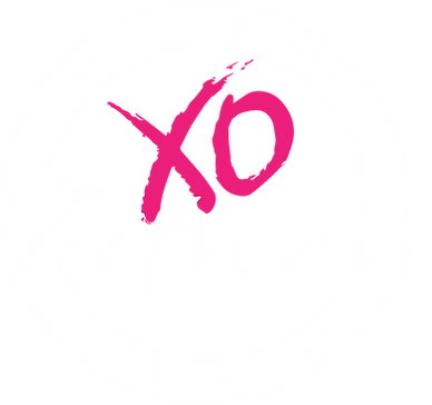 XO Logo strong women white.png