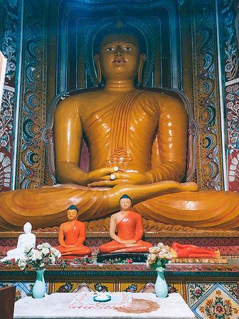 buddhist temple Kanferri Villa
