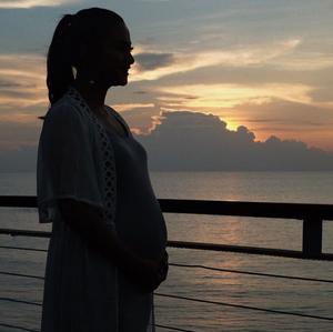 Rini Yulianti, hamil 21 minggu.