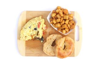 Veggie omelet, hashbrowns, jalapeno bagel