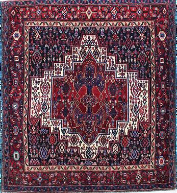 33144サナンダージュ/幾何メダリオン文様絨毯