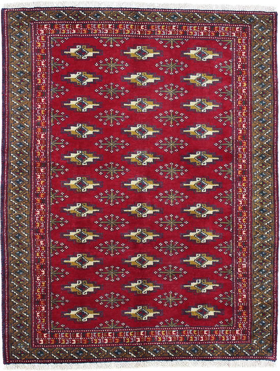 ヨムートの伝統的モチーフを用いて製織されたトルクメン絨毯と見做される