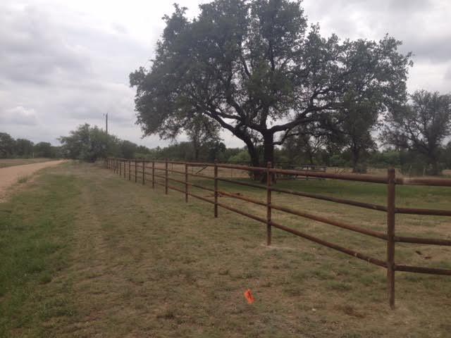 pipe-farm-fence-contractor-8