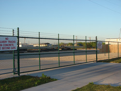 commercial-fence-contractor-4