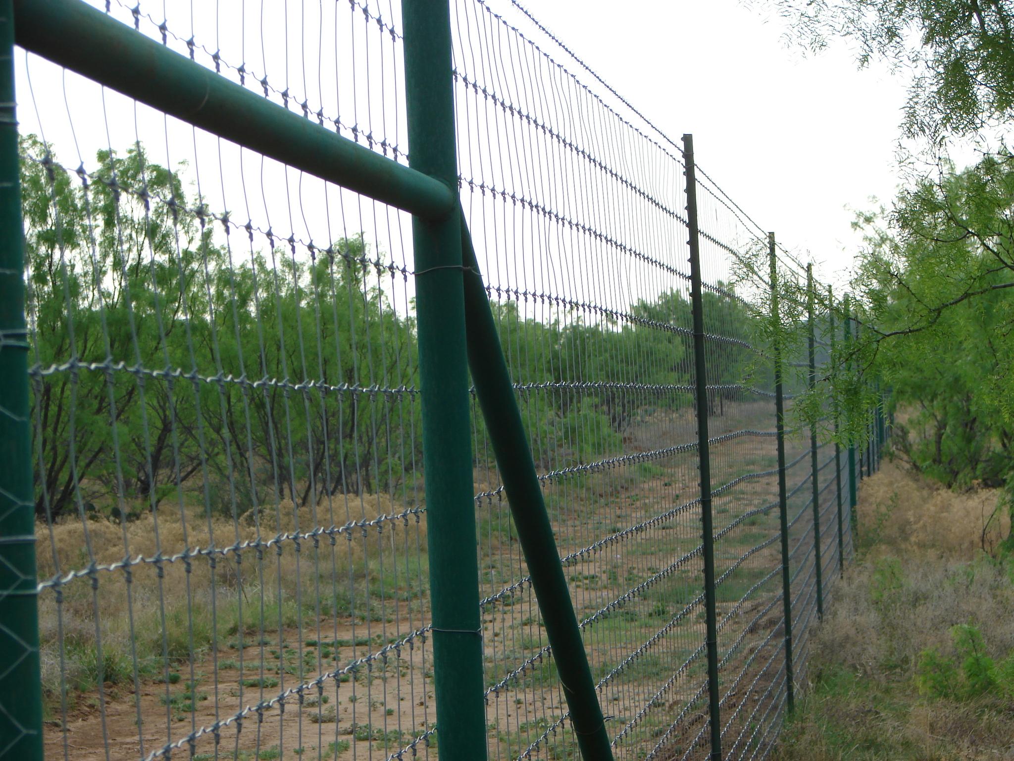 deer-fence-contractor-44