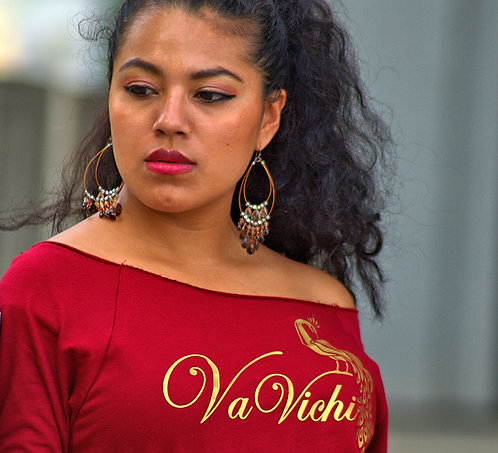 VaVichi Queen Infinite slouch raglan top