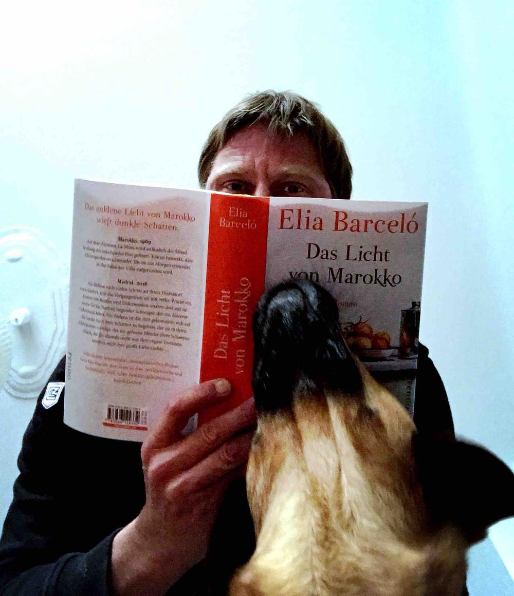 Cover der deutschen Ausgabe von Elia Barcelós Roman Novela El Color del Silencio Das Licht von Marokko, published by Fischer Verlag
