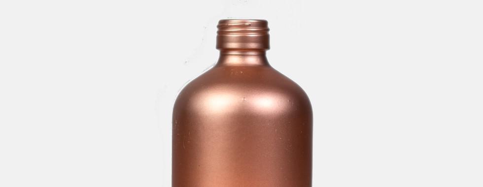 rose flasche beleuchtet freigestellt wei