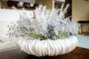 Floral white table decoration in hotel l