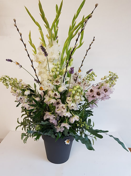 Florist Choice -  Pot Table Design