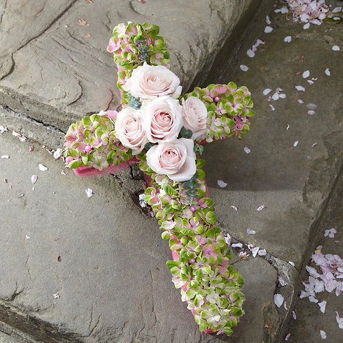 Sweet and Appealing Cross