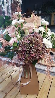 Vase box flowers.jpg