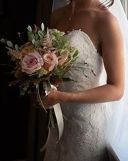 Flower arranger for Wedding