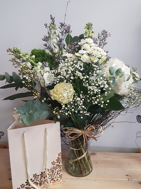Bouquet in vase and bag - Florist choice 7