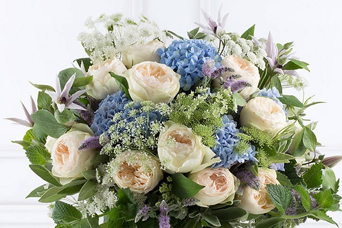 SD7 Rose  and Hydrangea Bouquet