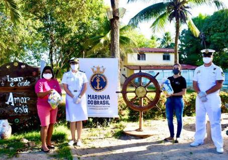 Capitania dos Portos do Ceará faz doação para abrigo de crianças e adolescentes