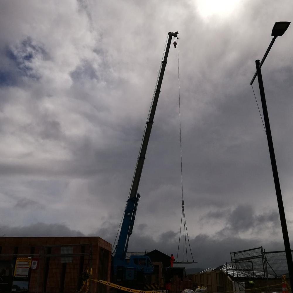 Crane, architecture, porotherm, construction