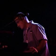 Miller serenades the crowd