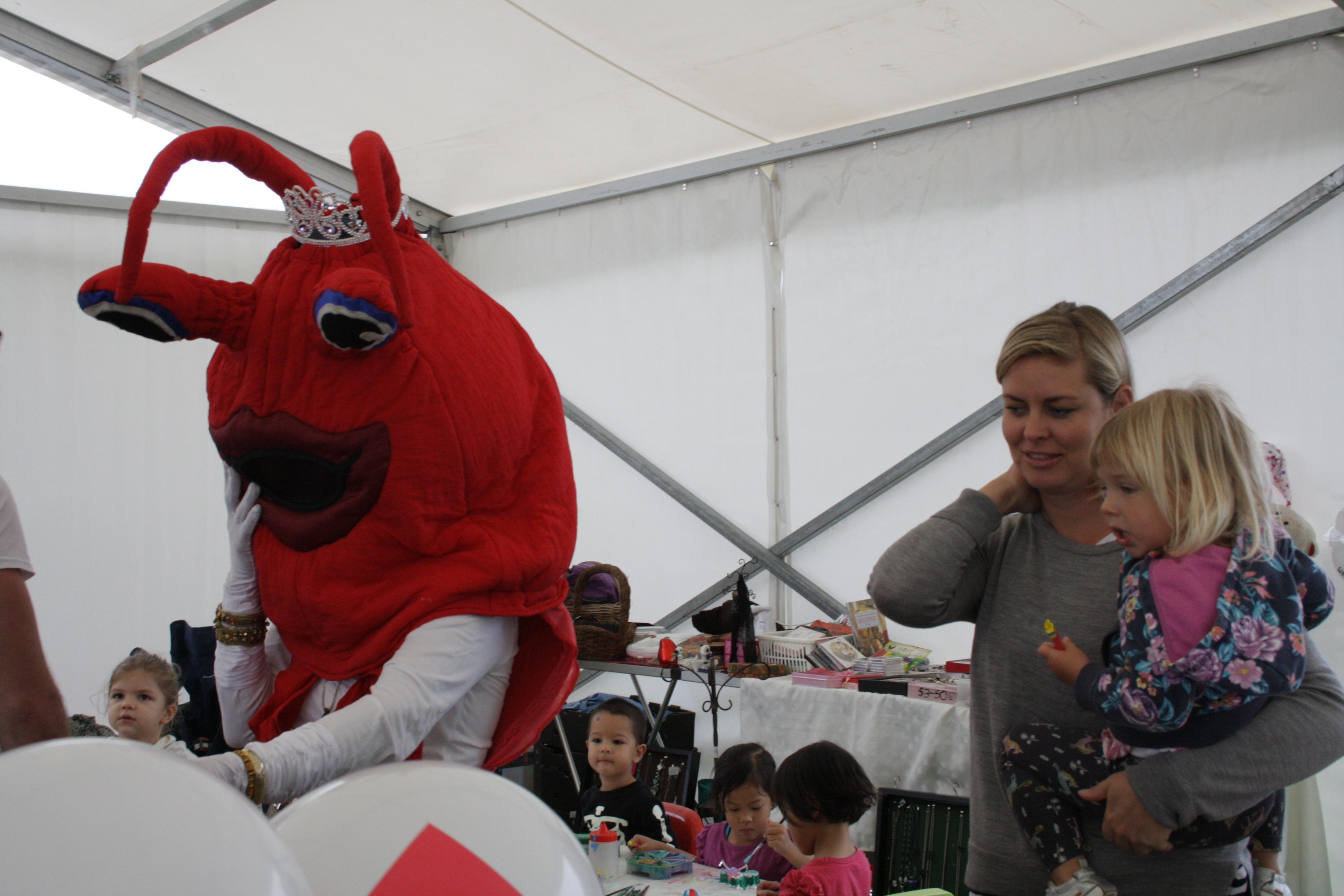 Kyli Crayfish Parade & Dance