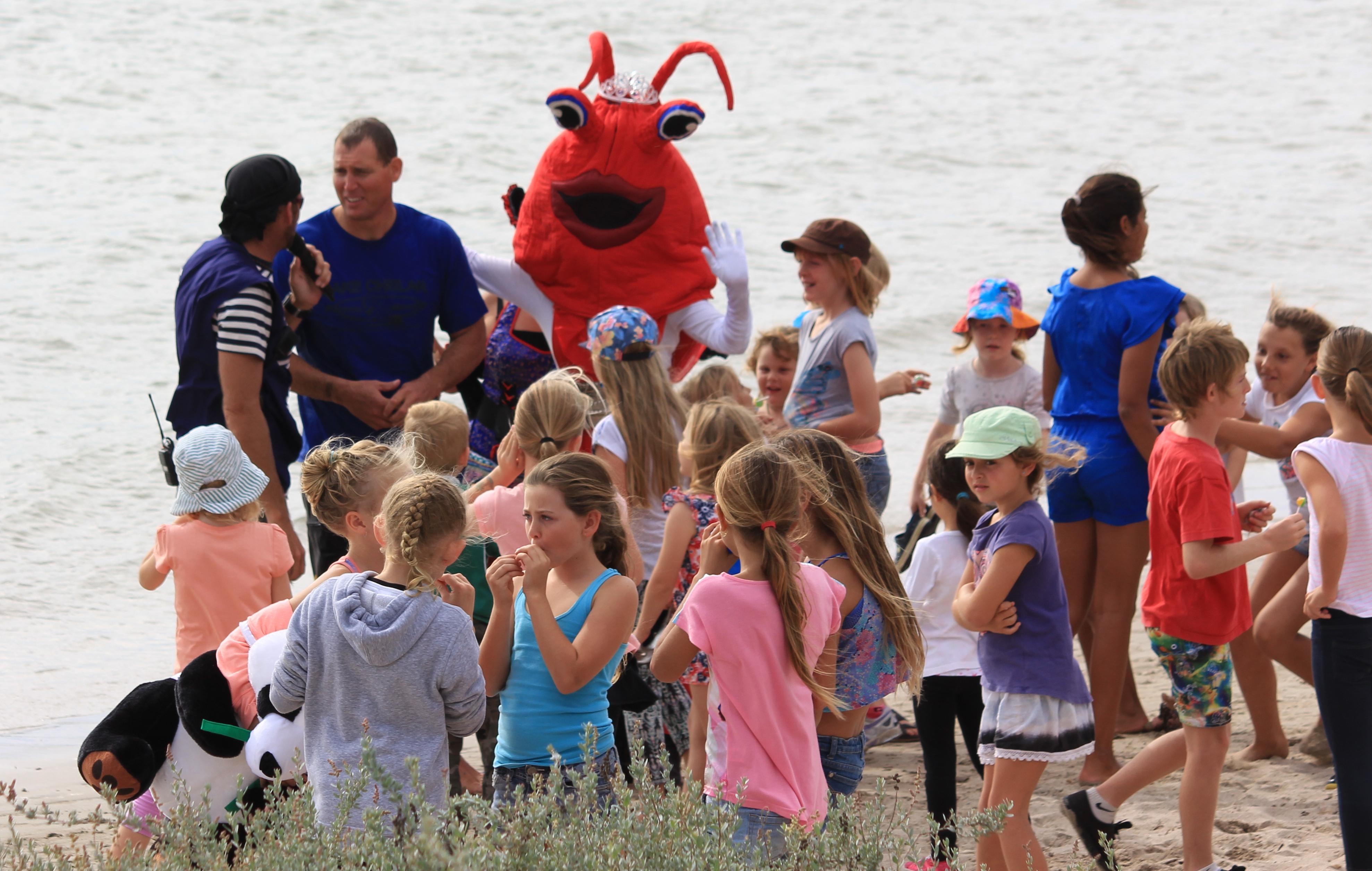 Kyli Crayfish Parade, Kidnap & Dance